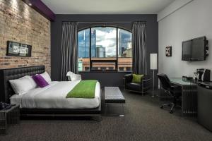 Hotel Metro - Adelaide Metcalfe