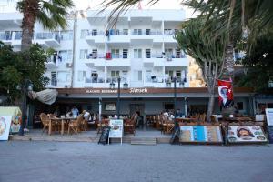 Simsek Hotel