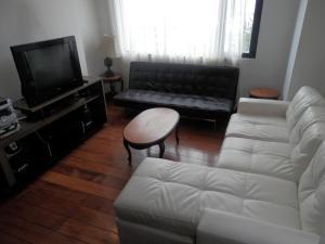 Maycris Apartment El Bosque, Апартаменты  Кито - big - 57