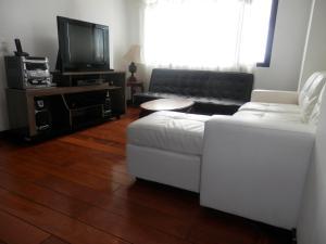 Maycris Apartment El Bosque, Апартаменты  Кито - big - 62