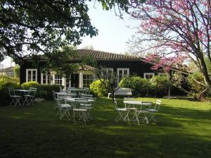 Location gîte, chambres d'hotes Residences Du Golf Des Roucous dans le département Tarn et Garonne 82