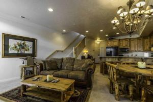 Retreat Unit 33A, Apartmány  Huntsville - big - 3