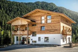 Chalet Prades Dolomiti Lodges - AbcAlberghi.com