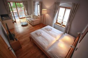 Penzion Dobré Časy, Bed & Breakfasts  Poděbrady - big - 7