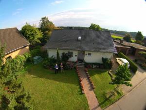 Hoernchens-Ferienwohnung, Apartmanok  Neuenkirchen - big - 12