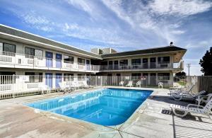 Motel 6 Wells, Отели  Wells - big - 31