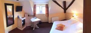 Hôtel Du Herrenstein, Hotely  Neuwiller-lès-Saverne - big - 42