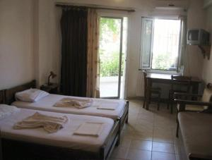 Double or Twin Room Lerna Rooms