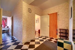 Apartment at Prospekt Bolshevikov, Ferienwohnungen  Sankt Petersburg - big - 23