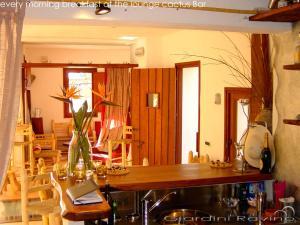 Villa Ravino Aparthotel, Apartmanhotelek  Ischia - big - 136