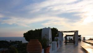 Villa Ravino Aparthotel, Apartmanhotelek  Ischia - big - 165