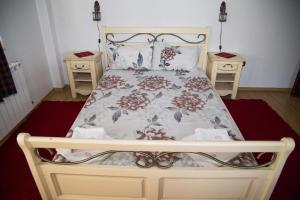 Family Hotel Emaly 2, Hotels  Saparewa Banja - big - 4