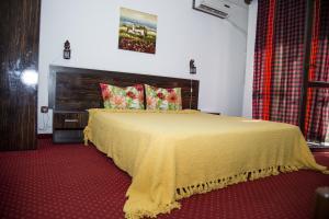Family Hotel Emaly 2, Hotels  Saparewa Banja - big - 2