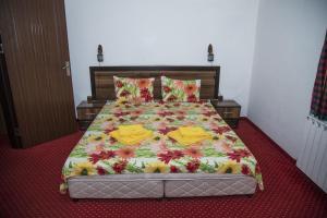Family Hotel Emaly 2, Hotels  Saparewa Banja - big - 7