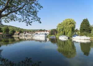 The Swan at Streatley (2 of 111)