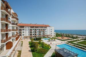 شقة إميريتينسكيي الفندقية - مورسكوي كفارتال - أدلر