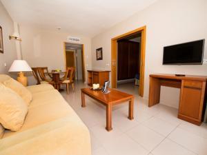 Bahía Tropical, Hotels  Almuí±écar - big - 34