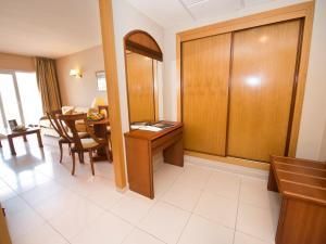 Bahía Tropical, Hotels  Almuí±écar - big - 31