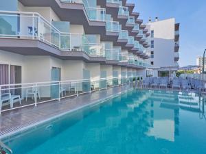 BQ Amfora Beach Adults Only Hotel +18