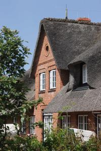 Kleiner Ulenhof, Appartamenti  Wenningstedt - big - 15
