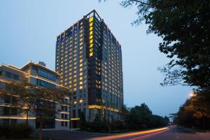 Albergues - Regal Kangbo Hotel & Residence