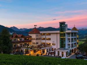 Bärenhotel - Hotel - Valdaora