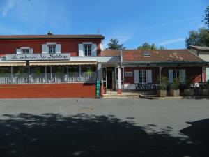 Accommodation in Taponas