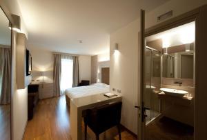 Trattoria Locanda Ai Tre Amici, Hotels  Mortegliano - big - 19