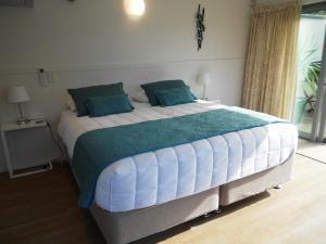 Oneroa Secret Garden Apartments, Apartmanok  Oneroa - big - 22