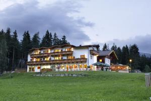 4 hvězdičkový hotel Familienhotel Moos-Alm Lienz Rakousko