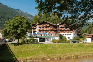 Parkhotel Sonnenhof, Hotely  Oberammergau - big - 1