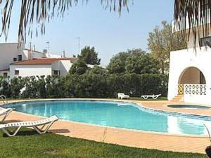 Alta Oura Apartments