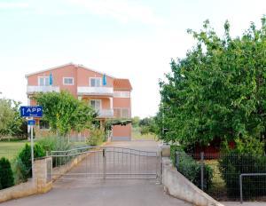 Apartment Zubonja - Petrovija