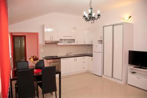 Apartments Bella, Apartmány  Novalja - big - 32