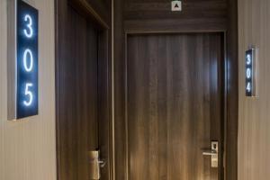 Hostal Operaramblas, Гостевые дома  Барселона - big - 32