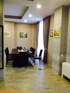Hotel Salmer, Bed and breakfasts  Tbilisi City - big - 34