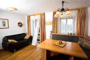 Ferienwohnungen Hebesberger, Apartments  Schlierbach - big - 7