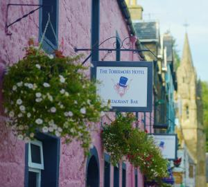 Albergues - The Tobermory Hotel