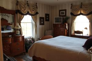 The Sleigh Maker Inn Bed and Breakfast, Bed and breakfasts  Westborough - big - 5