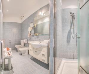 Hotel Le Palme - Premier Resort, Отели  Морской Милан - big - 35