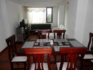 Maycris Apartment El Bosque, Apartmanok  Quito - big - 66