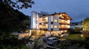 Gästehaus Rottenspacher - Hotel - Kössen