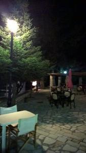 """Paradosiakos Xenonas """"Sopoto"""" Achaia Greece"""
