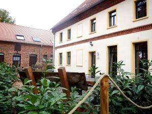 Gutshof Leipzig- Podelwitz Pension - Hayna