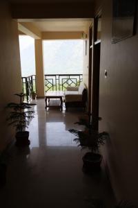 Malis Apple Lodge, Bed & Breakfasts  Nagar - big - 24