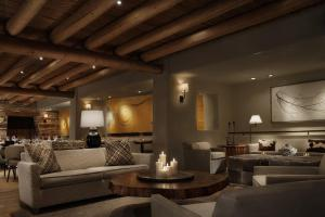 Rosewood Inn of the Anasazi (25 of 32)