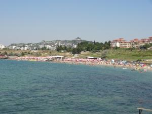 Family Hotel Asai, Hotels  Ravda - big - 45