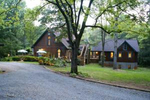 Ebenezer House Bed & Breakfast - Accommodation - Rochelle