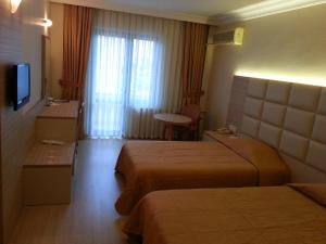 Hotel Sefa 1, Hotely  Corlu - big - 8