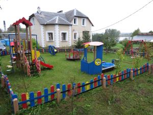 Country House Ostrov Lyany - Lobok